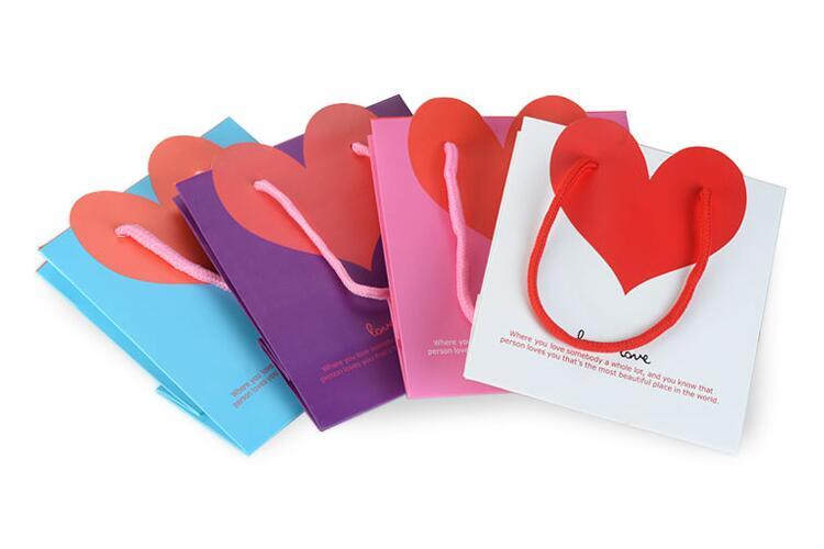 Laminated Packaging Bag's Perfect Using At Conferences